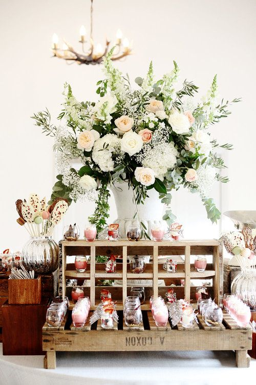 Rustic wedding sweet table