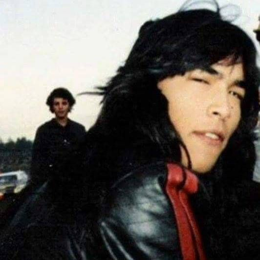 Pin By Angela Oberoi On Eric Schweig In 2020 Eric Schweig Native American Actors Native American Men 🌸eric schweig slideshow | 2020 (favorite native actor, pt 2)) tribute. pinterest