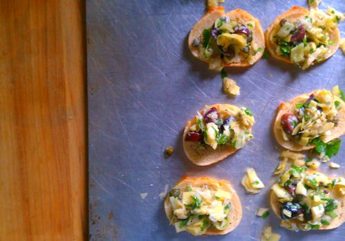 Artichoke + Olive Crostini // Binny Cooks (with capers and parsley ...