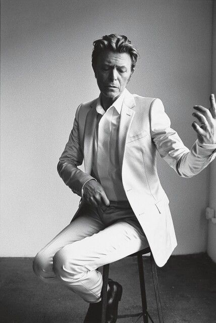 David Bowie by Richard Avedon.                                                                                                                                                     More