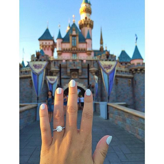 i want to take a picture like this next time i'm at disneyland