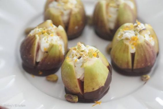 chocolate_dipped_figs_11_of_18.jpg