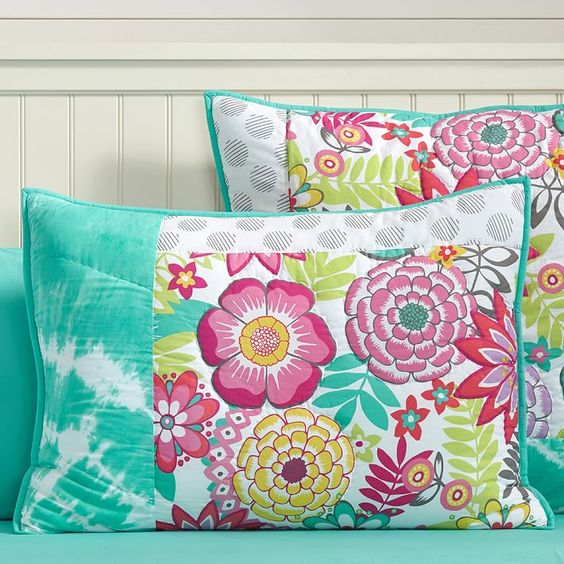 What Is Pottery Barn Style Called: Quilt, Products And Pretty Flowers