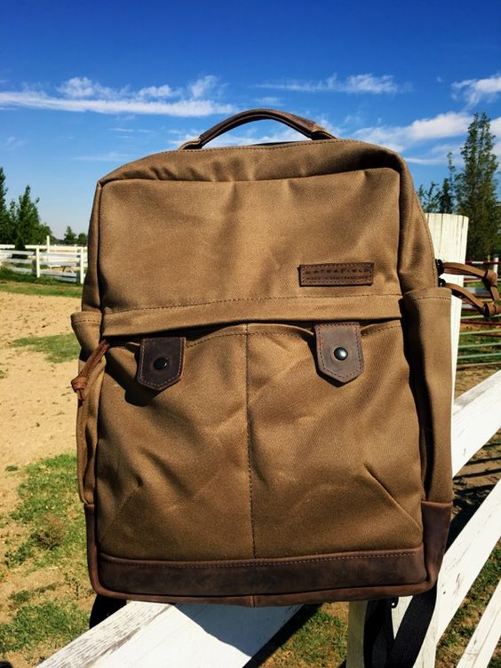 Review: Bolt Backpack from WaterField Designs via @runaroundtech | https://www.sfbags.com/products/bolt-backpack