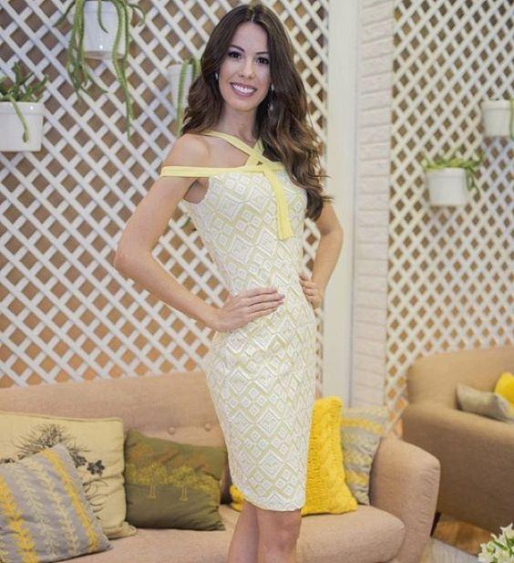 Olha só que linda a Miss Ceará Arianne Miranda usando o nosso vestido de modelinho ombro a ombro super diferenciado!! ✨ #mauy #estilomauy#mauyoficial