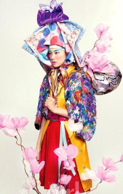 Editorial from Vogue Girl Korea, April 2011 - Photographer 강혜원