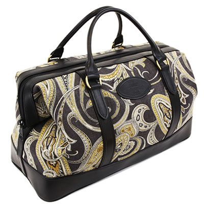 Our black paisley #weekendbag #bag