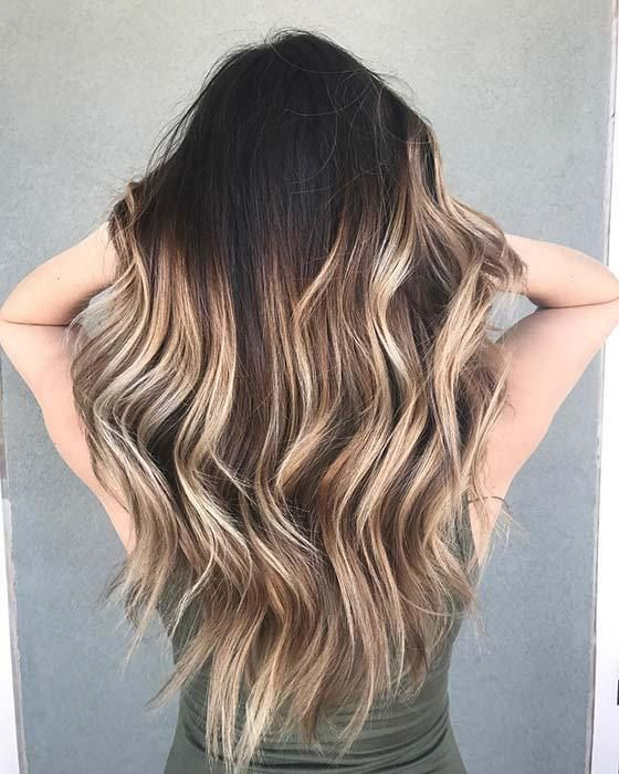 21 Chic Examples Of Black Hair With Blonde Highlights Black Hair