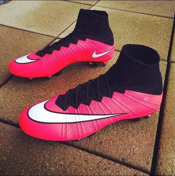 Pink Nike Cleat Boot Shopping On Awishdeal Soccer Boots Soccer Cleats Nike Nike Football Boots