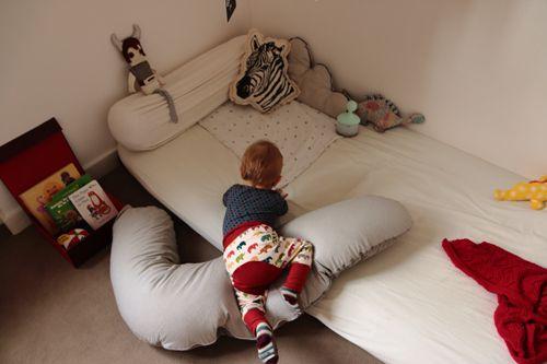 Minuscule infini article retour sur l 39 experience du lit au sol montessori apr s 1an article 2 - Lit au sol montessori ...