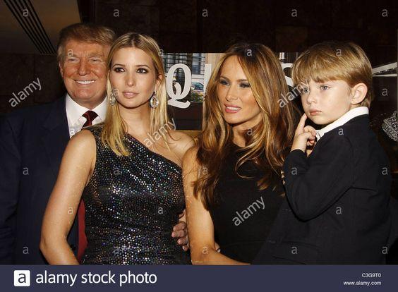 Download this stock image: Donald Trump, Ivanka Trump, Melania Knauss-Trump and…