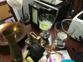Kitchen appliances and decor