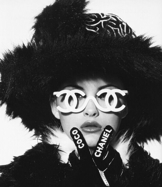 Chanel Vintage Fashion Black And White Picture Wall Black And White Photo Wall Black And White Aesthetic