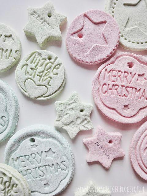Kreativ mit Salzteig, Geschenkanhänger aus Salzteig, Kreativ mit Keksstempeln