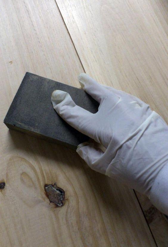 Muebles decapados: DIY para conseguir un aspecto vintage, shabby o rústico: Lija para conseguir un acabado liso y homogéneo