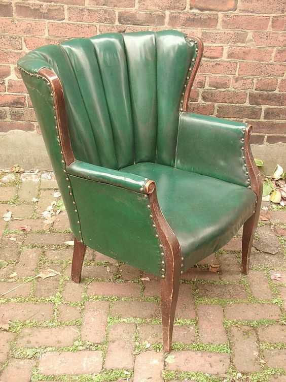 Antique Paoli Green Patent Leather High Back Chair, Green Arm