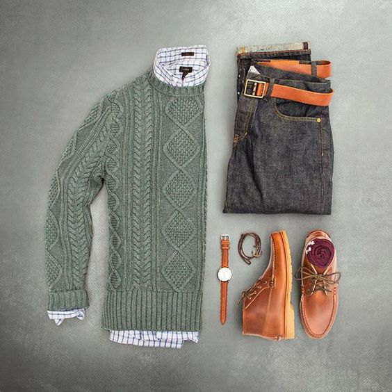 Are you able to wear cable? #grabergrid  Sweater: @bananarepublic  Shirt: @jcrewmens  Selvedge Denim: @grayers  Belt: @caputoandco  Watch: @danielwellington  Bracelet: @maritimesupplyco  Chukkas: @quoddymaine  Socks: @anonymousism_japan
