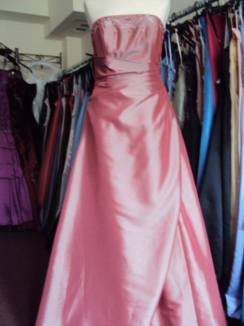 rose size 12  hire price £40.