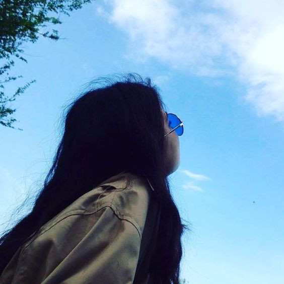 I M Looking Up In The Sky And I Have No Idea Which Cloud All My Data Sky Fotograf Ipuclari Fotograf Kopya Kagidi Fotografcilik Tuyolari