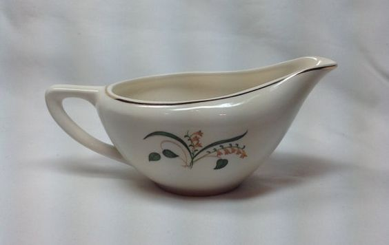 Vintage Knowles Gravy Boat Bowl Pitcher by Hummingbirdswing