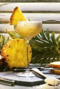 Pina Royal (cocktail d'ananas au champagne)