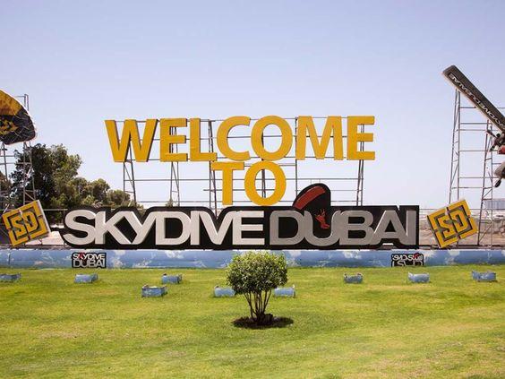Skydive Dubai © David Burghardt, Cool Cities