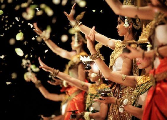 Điệu múa truyền thần tuyệt đẹp của Campuchia