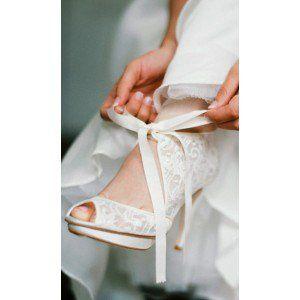 Fashion Ivory Lace Wedding Shoes Peep