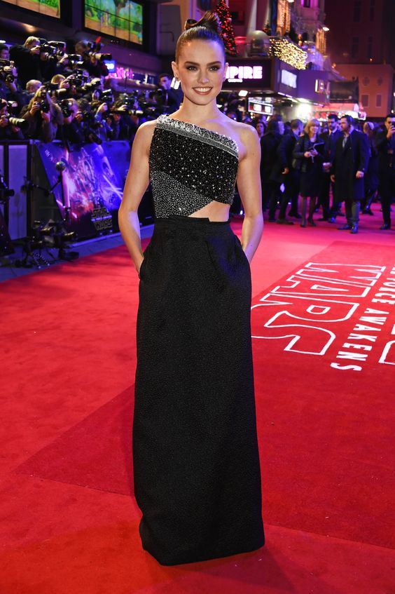 In Roland Mouret at the European premiere of Star Wars: The Force Awakens in London.   - ELLE.com