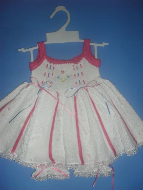 Fotos de vendo ropa tejida para bebe