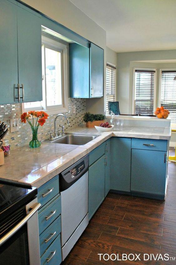Update Kitchen Budget Friendly Under 900 Toolboxdivas Kitchenremodel Diy Blue Cabinets Budget Friendly Kitchen Remodel Laminate Countertops Countertops
