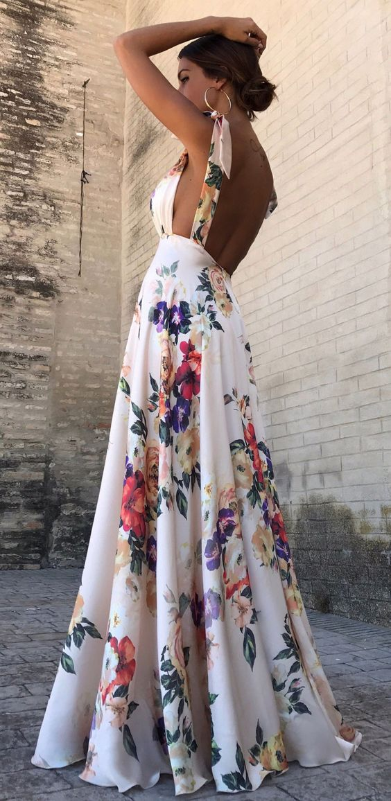 A maxi floral dress is one of the favorite and most stylish apparels you could outfit yourself for any occasion.