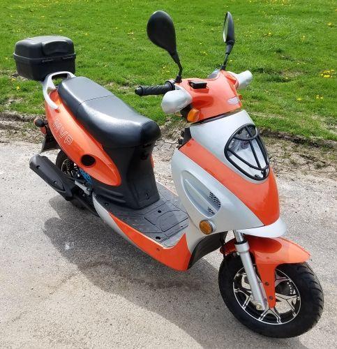 Brand New 50cc Mvp Tangerine Boom Moped Scooter Moped Scooter Moped 50cc