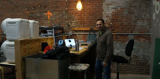 Staten Island Maker Space is a coworking makerspace with a fully equipped metalshop, woodshop, computer lab, sewing lab, and private workspaces.