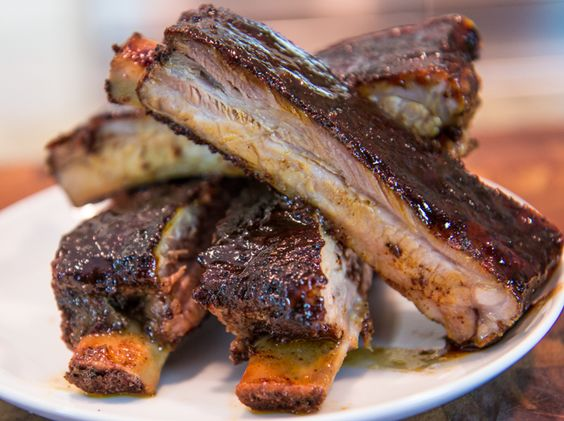 BBQ Ribs with Coffee Rub and Sticky BBQ Sauce Recipe. Low & slow BBQ ...
