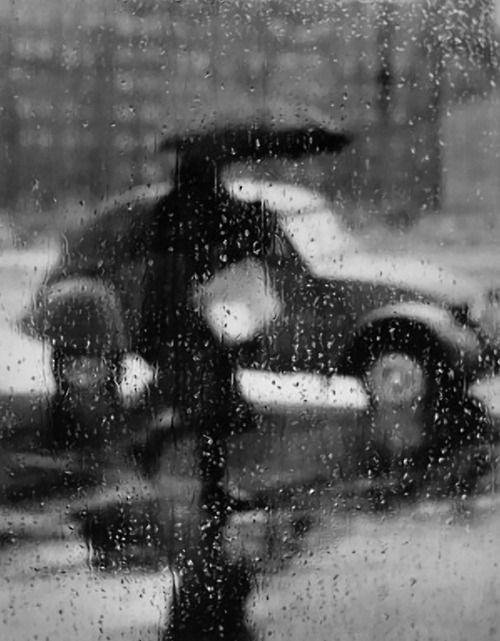 Jour de pluie à travers une fenêtre, Paris - 1957