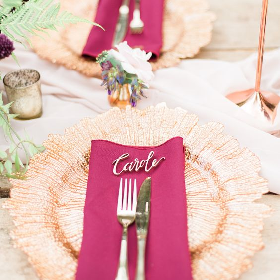 25 perfect finishing touches for your dream winter wedding - golden details
