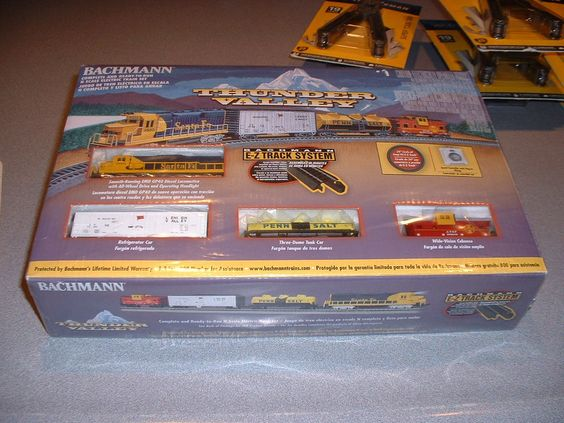 Bachman N Scale Thunder Valley Complete Train Set w/3 EZ Track System Rails NEW