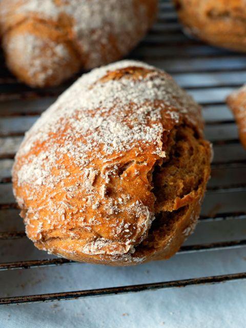 Vollkorn-Roggen-Dinkelbrötchen - Mimis Foodblog - http://back-dein-brot-selber.de/brot-selber-backen-rezepte/vollkorn-roggen-dinkelbroetchen-mimis-foodblog/
