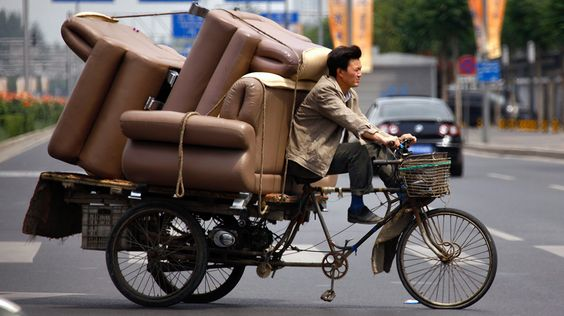 Möbeltransport, Bejiing, China, photo: David Gray