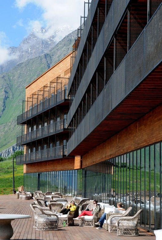 © Irakli Buishvili Architects: ROOMS Location: Stepantsminda, Georgia Architect In Charge: Goga Chxetia Area: 8200.0 sqm Year: 2012 Photographs: Irakli