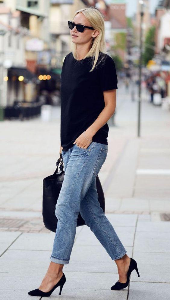 t-shirt preta + calça jeans boyfriend: