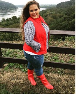Classically Curvy Plus size fashion. Red Hunter Boots. Huntress. J crew puffer vest Poppy gingham preppy