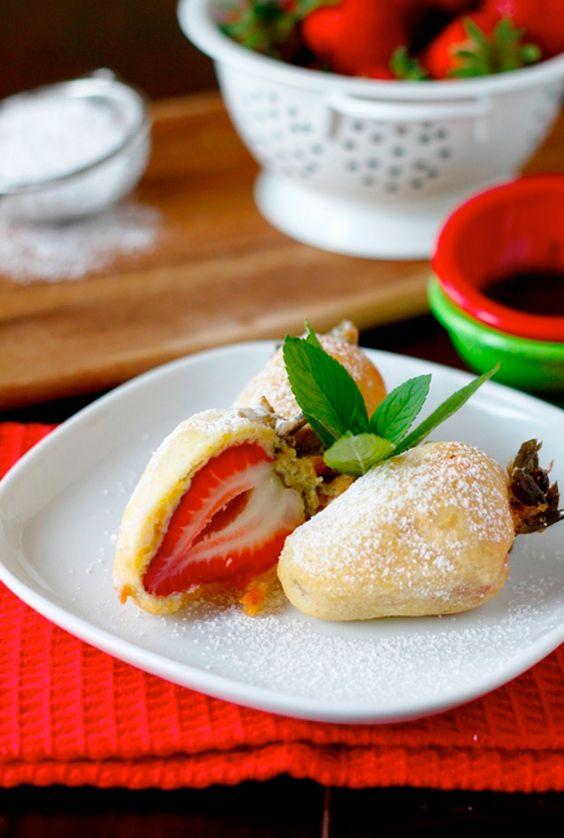 Deep fried strawberries -OH MY!! Yum