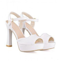 Graceful Women's Sandals With Solid Color and Chunky Heel Design