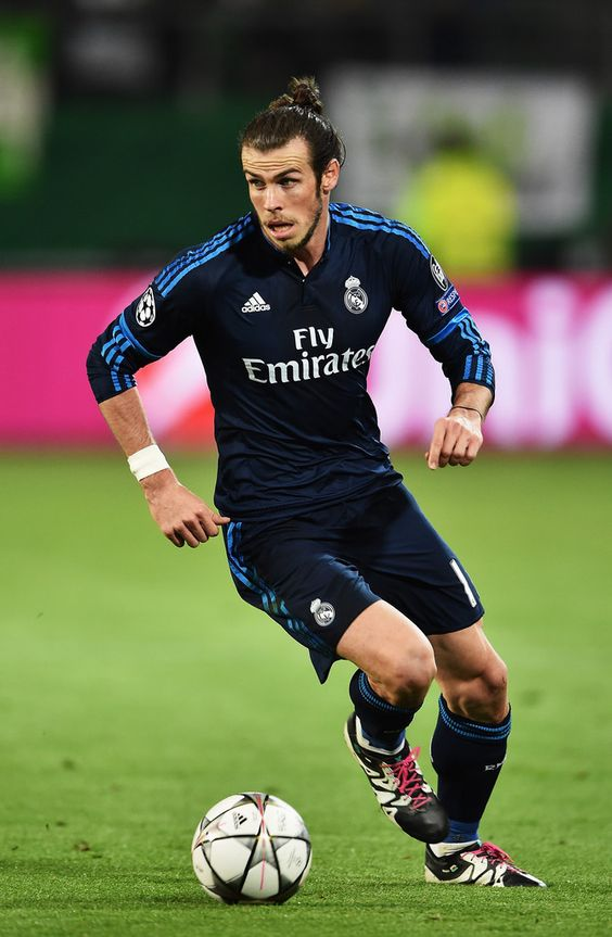 Gareth Bale of Real Madrid in action during the UEFA Champions League Quarter Final First Leg match between VfL Wolfsburg and Real Madrid at Volkswagen Arena on April 6, 2016 in Wolfsburg, Germany. (April 5, 2016 - Source: Stuart Franklin/Bongarts)