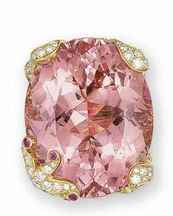 A MORGANITE BERYL, DIAMOND AND PINK SAPPHIRE