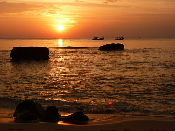 Phu Quoc Sunset, Vietnam.  Sebastian Lira