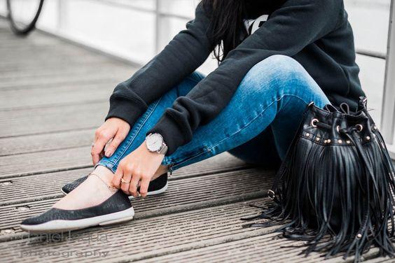Casual Friday : Nike Hoodie und Blowfish Flats