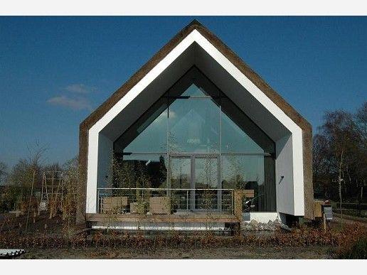 Arches architecten bna sterksel rieten dak riet villa ruimte voor ruimte kavel - Buiten villa outs ...
